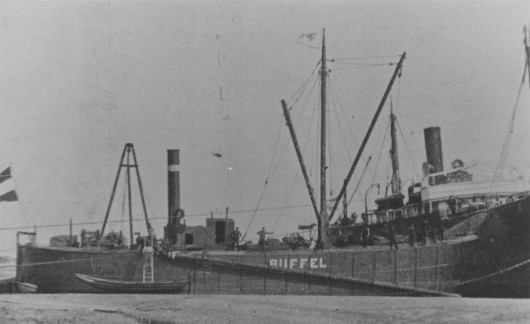 res15Buffel_-_salvage_vessel