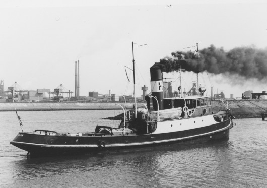res18Holmvik_-_at_IJmuiden_-_photo_coll_JvEijk